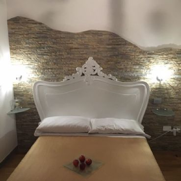 Cinzia Double room for two people with private bathroom and whirlpool shower in B&B Pisa